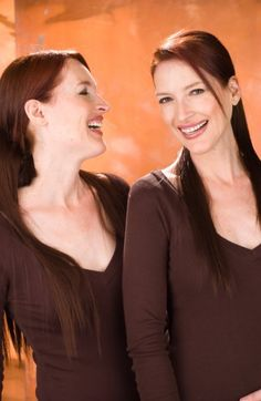 Who Are The Psychic Twins Linda and Terry Jamison?